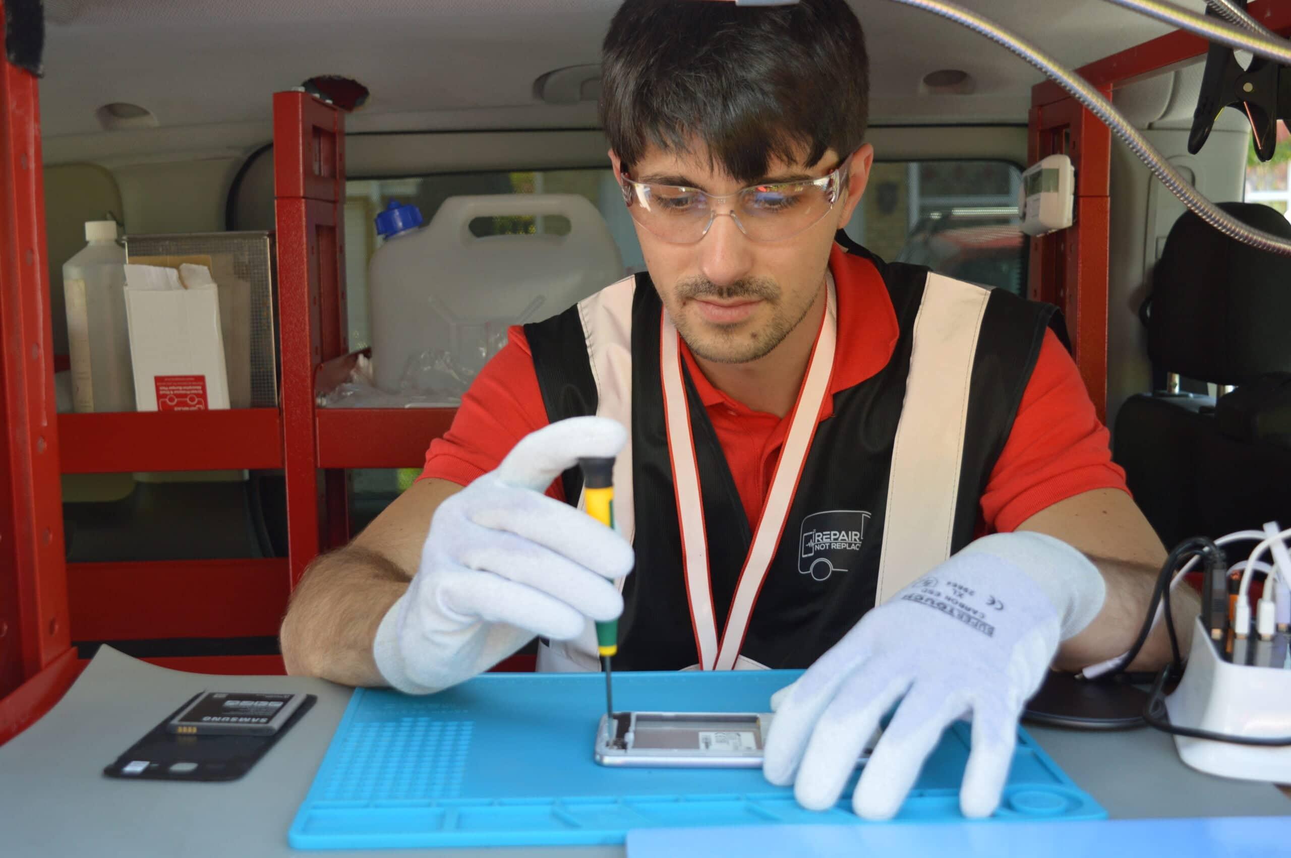 mobile phone repairs milton keynes